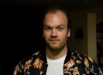 Actor Aaron Heels, Tim.